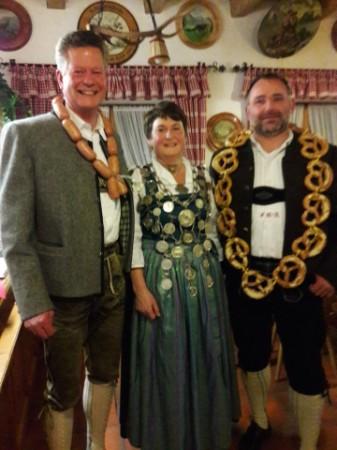 Wurstkönig Gerhard Schmied, Schützenkönigin Monika Allerberger, Brezenkönig Frank Große-Ahlert